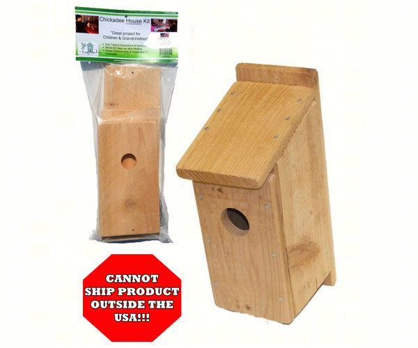 sesc00606 - Cedar Chickadee Bird House Kit