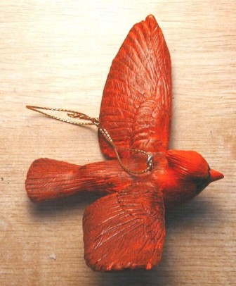 FWC126 - Fisher Wildlife Bird Ornaments Flying Cardinal